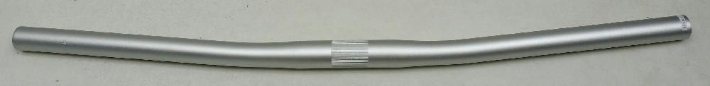 řidítka ZOOM AL 110PP 25,4/600mm/6 st.rovná stř.ma